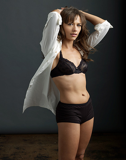 rashida jones 01 Plus Rashida was awesome during her stint on the Office, was fantastic in I ...