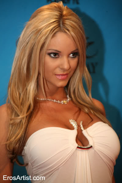 Carmen luvana looking good at AVN